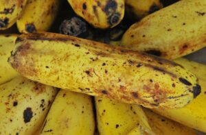 How to Ripen Bananas Quickly? Try These Tricks!